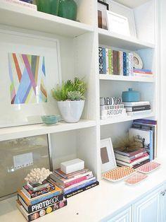 Tips para decorar estanterías...