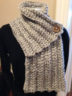 PDF Pattern  Sybil Scarf  Instant Download by NonniesKnots on Etsy, $4.50