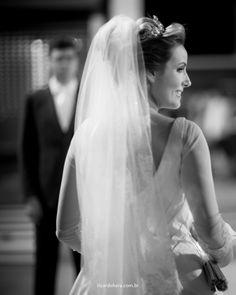 Mais um casamento concluído com sucesso. A Noiva estava impecável, seu e sua coroa fizeram o maior sucesso! Parabéns aos recém casados.
