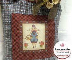 Uma jardineira, um anjo ou uma boneca, imagine-a em uma almofada, numa bolsa ou num panô... #cenarioshd #country