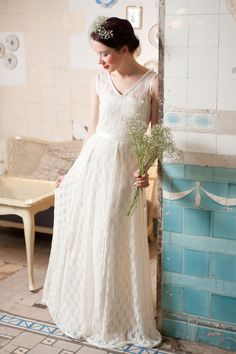 "Bodenlanges Brautkleid ""Schneewittchen"", Hochzeitskleid // floor-length wedding dress by Ave evA via DaWanda.com"