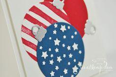 born2stamp STAMPIN' UP! IN{K}SPIRE_me - Weihnachtskarte - Brushstroke - Froehliche Weihnachten - Ballon Framelits - Thinlits Am Christbaum - Sternenkonfetti