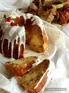 Kuglof sa jabukama, sirom i orasima — Coolinarika Torte Recepti, Kolaci I Torte, Best Food Ever, Just Cakes, Special Recipes, Cake Cookies, Wine Recipes, Cookie Recipes, Food To Make