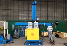 Some of the #column and #booms are powered reach and manual hand crank reach..http://goo.gl/vR1qSF