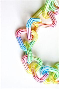 #DIY Drinking Straw #Necklace www.kidsdinge.com https://www.facebook.com/pages/kidsdingecom-Origineel-speelgoed-hebbedingen-voor-hippe-kids/160122710686387?sk=wall