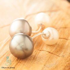 Ohrringe aus 925er Silber mit weißer Perle und grauer Tahiti-Perle