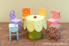 tutorial for these incredible paper craft table & chairs by designs by sunghee