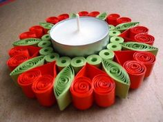 Quilt-Valentines-Day-Craft-Projects-and-Ide - Quilling Paper Crafts Neli Quilling, Quilling Comb, Paper Quilling Patterns, Quilled Paper Art, Quilling Paper Craft, Paper Crafts, Quilled Roses, Quilling Ideas, Paper Quilling For Beginners