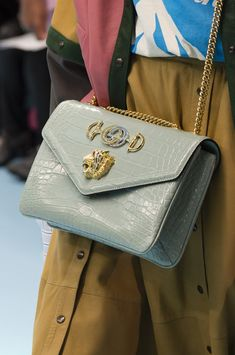 6fa8315d1e9e 7 Best Jacquemus Bags images | Fashion handbags, Backpacks, Beige ...