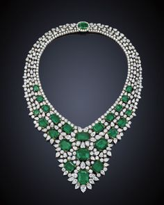 The Gryphon's Nest — Emerald & Diamond Choker Necklace 💚 Cute Choker Necklaces, Diamond Choker Necklace, Initial Pendant Necklace, Sapphire Necklace, Ruby Earrings, Beautiful Necklaces, Emerald Jewelry, Gemstone Jewelry, Emerald Rings