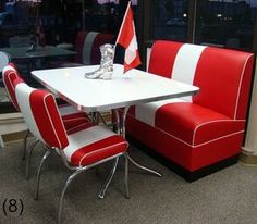 COOL Retro Dinettes | 1950's Style | Canadian Made Chrome Sets Retro Table And Chairs, Retro Kitchen Tables, Retro Dining Rooms, Retro Dining Chairs, Black Dining Room Chairs, Wayfair Living Room Chairs, Vintage Kitchen, High Chairs, Bar Chairs