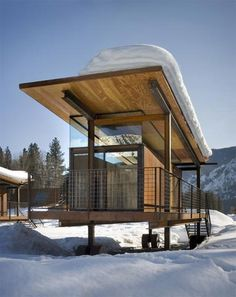 The Rolling Huts: The Herd - Modern Cabins Small Modern Cabin, Modern Log Cabins, Residential Architecture, Architecture Design, Luxury Modern Homes, Tiny House Cabin, Herd, Cabins In The Woods, Cottage