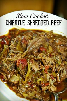 slow cooker chipotle shredded beef so good in tacos or on a taco salad. #Crockpot #Beef