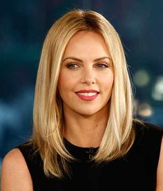 Best Hairstyles For Women Over 45