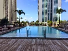 さとうあつこのハワイ不動産: ワイホヌアのプールで初めて泳ぎました
