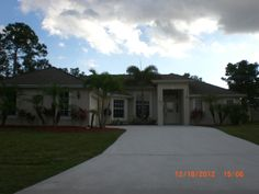 442 SW EYERLY AVENUE, PORT ST. LUCIE, FL $119,000 #GREGDALESSIO #FLORIDA REAL ESTATE #PORT ST. LUCIE #POOLHOME
