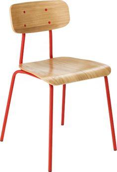 Hester spisestol. Fåes i flere farger. Dimensjoner: L43.5 x H78.5 x D45 cm. Kr. 1320,-