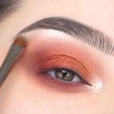 Makeup Techniques: Choose Your Makeup By Eye Color! - Make-Up Video Tutorials! Makeup Inspo, Makeup Art, Makeup Inspiration, Makeup Tips, Beauty Makeup, Makeup Products, Make Up Tutorials, Baddie Makeup, Makeup Looks Tutorial