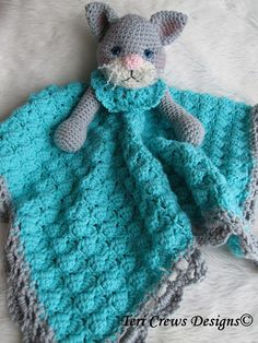 Crochet Pattern Cat Huggy Blanket by Teri Crews by WoolandWhims