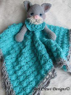 Crochet Pattern Cat Huggy Blanket by Teri Crews by WoolandWhims