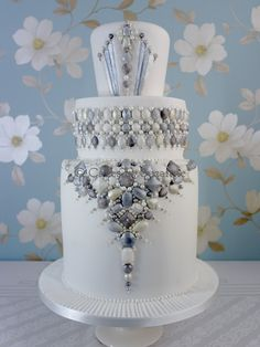 Art Deco Jewels Cake - All edible jewels and dragees