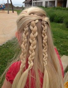 3 overlapping half up braids. Simple summer hair