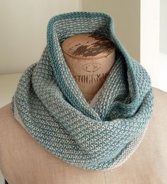 Ravelry: Hexagone pattern by Mademoiselle C, pattern costs $5 at ravelry