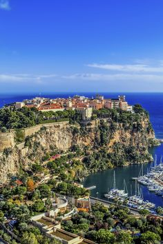 Immerse yourself in the natural splendor of the French Riviera on a delightful day-trip from Nice to Eze and Monaco Monte Carlo Monaco, Dream Vacations, Vacation Spots, Vacation Travel, Beach Travel, Luxury Travel, Places Around The World, Travel Around The World, Bósnia E Herzegovina