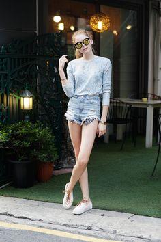 외국인 모델 렉시도 프랭크헤리티지 선글라스를 착용해주셨네요!  www.frenkkorea.co.kr
