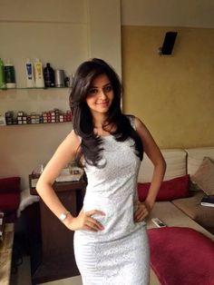 hot & Slim @Vedhika4u Recent Click