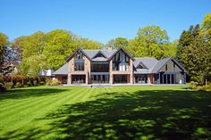 6 bedroom detached house for sale in Fabulous contemporary house in beautiful one acre garden on Leycester Road, Knutsford , WA16 Small Modern House Exterior, Small Modern Home, Dream House Exterior, Modern House Design, House Plans Uk, Octagon House, Millionaire Homes, Gable House, 6 Bedroom House