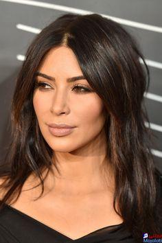 Kim Kardashian Rocks No Makeup & Messy Hair After Revealing She Got Sick In NYC