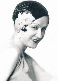 Türkiye'nin ilk kadın SİNEMA OYUNCUSU Bedia Muvahhit Statzer, (Emine Bedia Şekip)