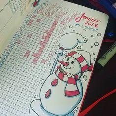 Im just starting my January tracker, lots of days are missing! / Je débute seulement mon tracking de janvier, il manque des journées #bujo #bulletjournaljunkies #bulletjournal #moleskine #journaling #fabercastell