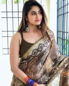 South Indian Actress Hot, Indian Tv Actress, Indian Actresses, Beautiful Girl Indian, Most Beautiful Indian Actress, Beautiful Saree, Beautiful Women, Beautiful Eyes, Beauty Full Girl