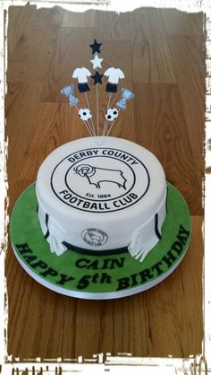 Derby County football club Birthday cake Football Themed Cakes, 4th Birthday Cakes, Derby County, Cakes For Boys, Archie, Cake Ideas, Desserts, Cupcake, Club