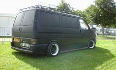 VW T4 - slammed, notched, matte black, banded steels, van goals Volkswagen Transporter T4, Vw Vanagon, Black Steel Wheels, T4 Camper, T2 T3, Cool Vans, Busse, Walkabout, Vw Bus