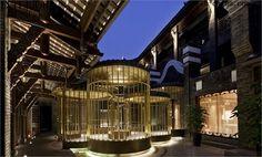 成都钓鱼台精品酒店,承袭宽窄巷子三百年的文化,结合西方室内设计的精髓。The Diaoyutai Boutique Chengdu, Kuanzhai Alley.
