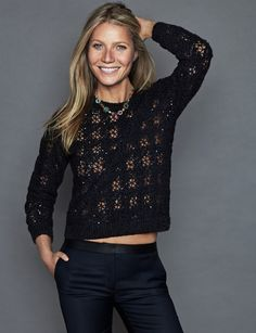 Gwyneth Paltrow poses in Brunello Cucinelli sweater, Claudie Pierlot jeans and Tous necklace. Photo: Xavi Gordo