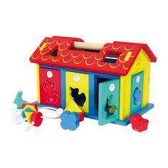 """Deze motorieke school van stevig hout traint meer dan """"alleen"""" de vorm- en kleurherkenning met de 9 steek-elementen!  De motoriek wordt ook spelenderwijze geschoold, terwijl de kindervingers de sloten van de 5 deuren alleen met de passende sleutel openen of sluiten kunnen!  De dak helften zijn makkelijk af te nemen.Afmetingen: ca. 29 x 19 x 18 cm - Base Toys houten insteek-huis dieren en vormen Wooden Baby Toys, Roof Panels, Fine Motor Skills, Bunt, Toy Chest, Storage Chest, Christmas, Ideas, Promotional Giveaways"""