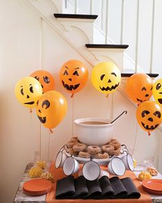 orange-ballons-halloween-kinderparty