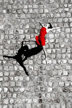 Danse Parisienne | Karo Cottier. Almost a trick image - note the shadows to see what is happening.