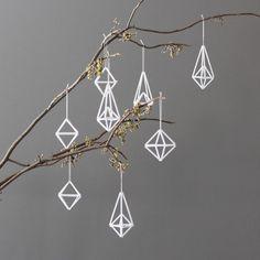 AMradio_modern himmeli ornaments / set of 8 / hanging mobile Minimalist Christmas, Modern Christmas, All Things Christmas, Holiday Ornaments, Holiday Crafts, Christmas Decorations, White Ornaments, Diy Ornaments, Holiday Decor