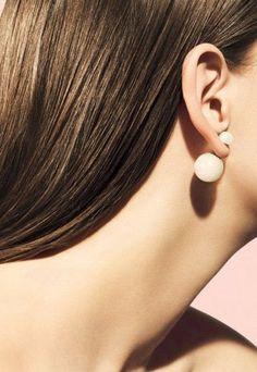 I wish it, I want it: Mise En Dior Earrings