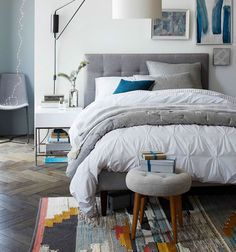 Discover the range of Fair Trade certified bedding and textiles from west elm — including duvets, quilts, coverlets, sheet sets and more. All designed to work together to create a beautiful bed while supporting artisans and workers around the world.