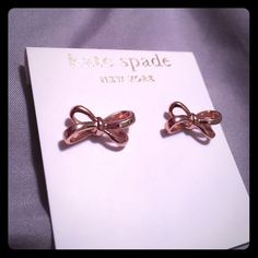 NWT Kate Spade Bow Studs Rose Gold Beautiful new with tags earrings in rose gold tone. Like all Kate Spade it's both beautiful and durable! kate spade Jewelry Earrings