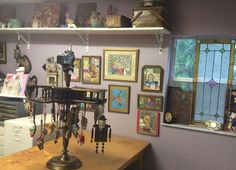 Studio of artist Melissa Menzer-Summer Dog Folk Art