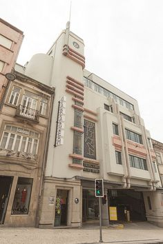 Porto - 87 | Art Deco garage