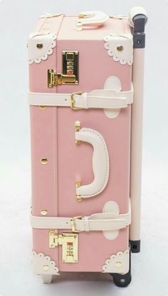 Like a princess ❤ 2013 Japanese LIZ LISA Fukubukuro handmade vintage trolley case suitcase luggage trolley bag Luggage Trolley, Trolley Case, Pink Love, Pretty In Pink, Tout Rose, Liz Lisa, Everything Pink, Cute Bags, Pink Aesthetic