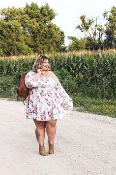 The Prettiest Plus Size Dress - Fat Girl Flow Look Plus Size, Plus Size Girls, Plus Size Jeans, Plus Size Women, Fat Fashion, Curvy Women Fashion, Petite Fashion, School Looks, Plus Size Dresses